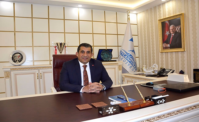 Başkan Atilla: Cumhurbaşkanımız Diklenmeden Dik Durdu