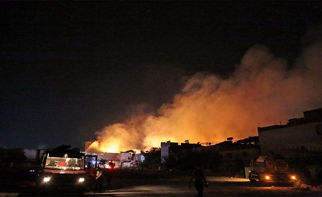 Gaziantep'te Bir Fabrika Daha Yandı