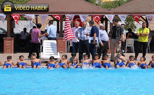 Haydi Gençler Havuza