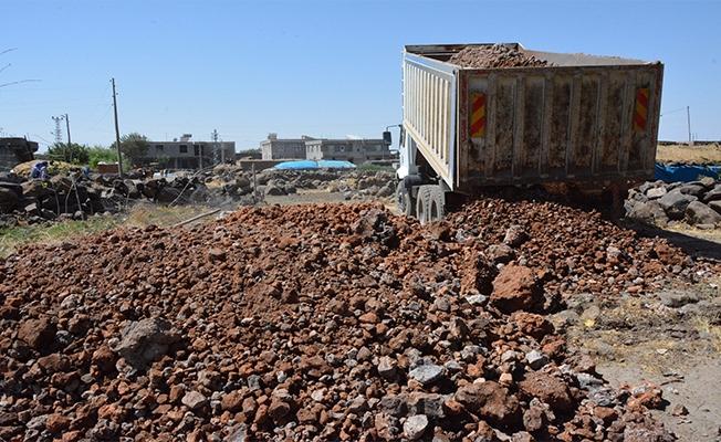 Siverek'te 7 mahallede stablize yol çalışması