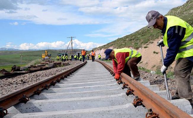 Bakü-Tiflis-Kars demiryolu hizmete açılıyor