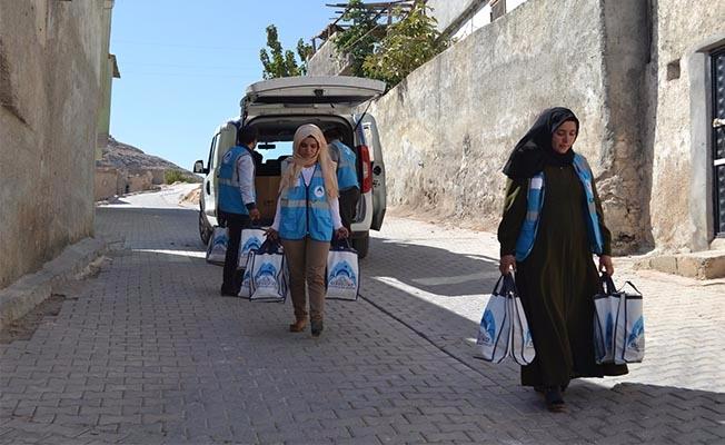 Eyyübiye'den binlerce vatandaşa aşure ikramı