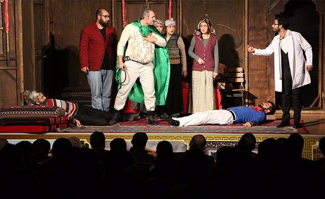 Şanlıurfa'da bu hafta 2 yeni tiyatro oyunu sahnelenecek