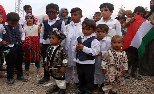 Suriyeli yetimlere toplu sünnet töreni