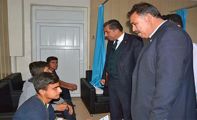 Başkan Atilla'dan yaralı öğrencilere ziyaret