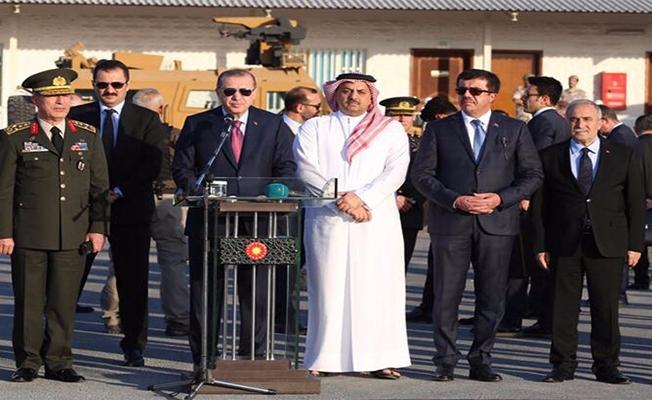 Erdoğan, Akar ve Fakıbaba Kara Unsur Komutanlığını ziyaret etti
