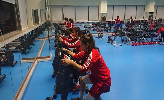 Gençlikspor'un Fitness salonu halkın hizmetinde
