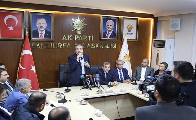 Mehdi Eker, Başkan Beyazgül'ü ziyaret etti