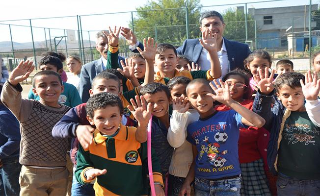 Şanlıurfa'da öğrencilerden İyilik Ağacı projesi