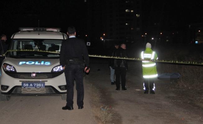 Sivas'ta sürücünün çarpıp kaçtığı yaya öldü
