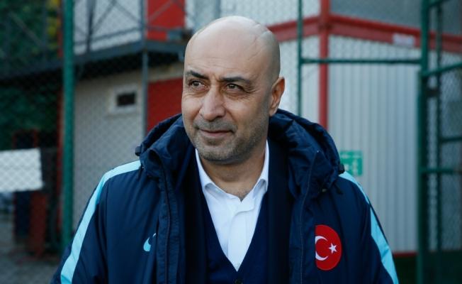 """""""Türk futbolunun kurtuluşu genç oyuncu gelişiminde"""""""