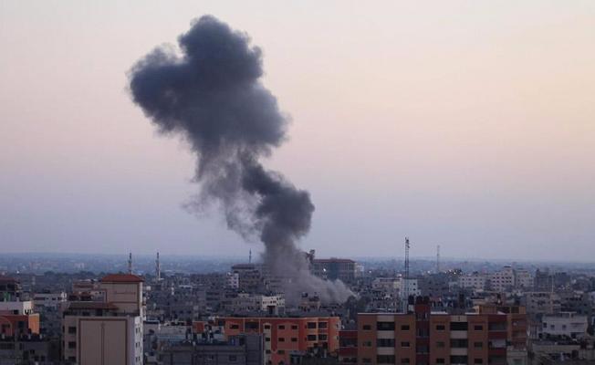 İsrail'den Gazze'ye saldırı: 15 yaralı