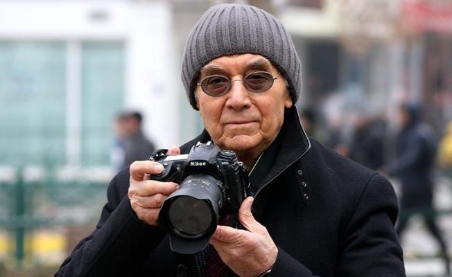 Fotoğraf makinesi 65 yıldır boynunda
