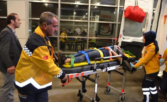 Adıyaman-Urfa yolunda trafik kazası: 5 ağır yaralı