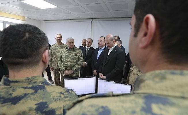 Başbakan Yıldırım'dan harekat merkezine ziyaret