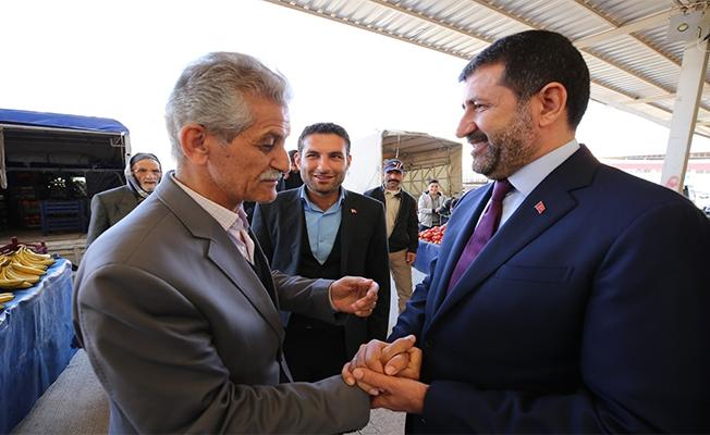 Başkan Ekinci esnaf ve vatandaşlarla buluştu