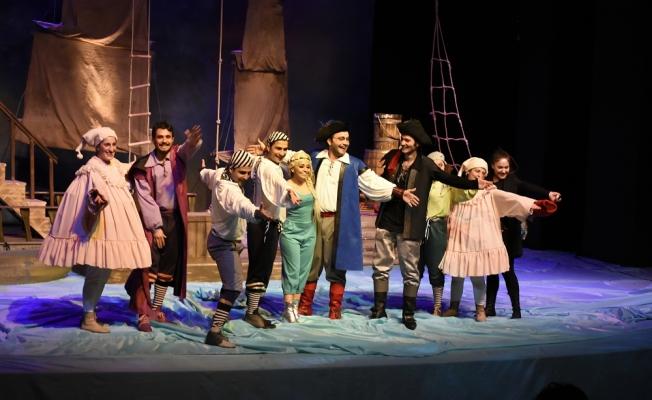 Arkadaşım Olur Musun Urfa'da Tiyatro Severlerle Buluşacak