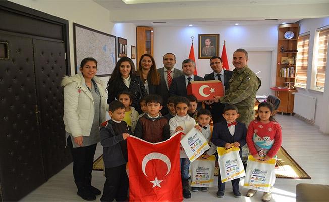 Haliliyeli öğrencilerden Afrin'e mektup var