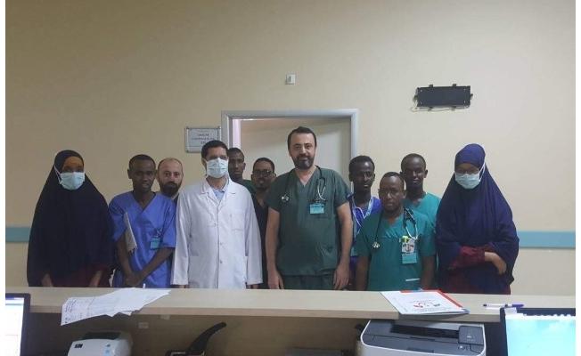 HRÜ'den Somali'de doktorlara eğitim