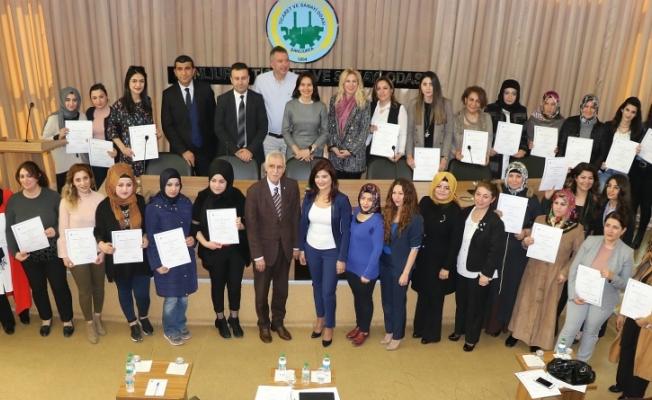 """""""Kadın Girişimci Yönetici Okulu"""" Şanlıurfa'da mezunlarını verdi"""