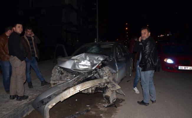 Ordu'da dolmuş ile otomobil çarpıştı: 5 yaralı