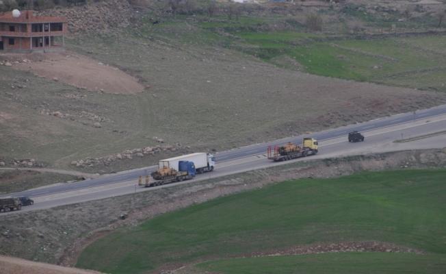 Şırnak'tan sınıra askeri sevkiyat