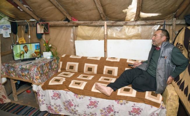 Yörük çadırlarına güneş paneli