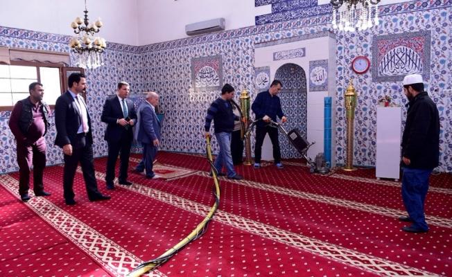 Ceylanpınar'da Camiler Temizleniyor