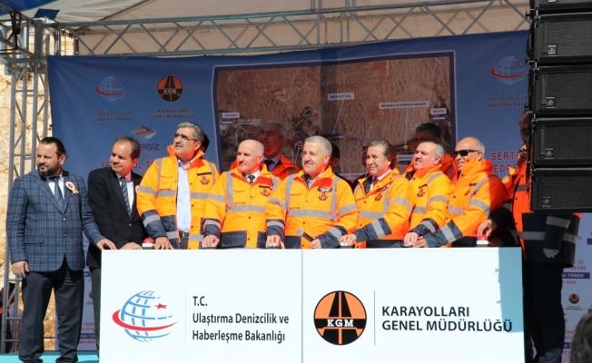 Ulaştırma, Denizcilik ve Haberleşme Bakanı Arslan, Karaman'da: