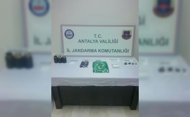 """Antalya'da """"tehlikeli madde kaçakçılığı"""" operasyonu"""