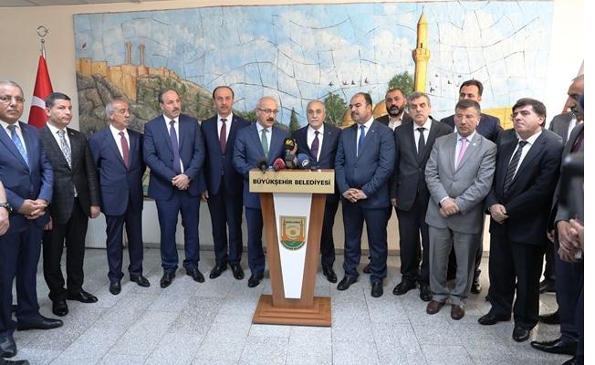 Bakanlar Şanlıurfa Büyükşehir Belediyesini Ziyaret Etti
