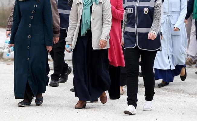 Halfeti'de hırsızlık şüphelisi 3 kadın yakalandı