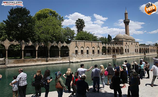 Şanlıurfa'da Ramazan'ın ilk cuma namazı