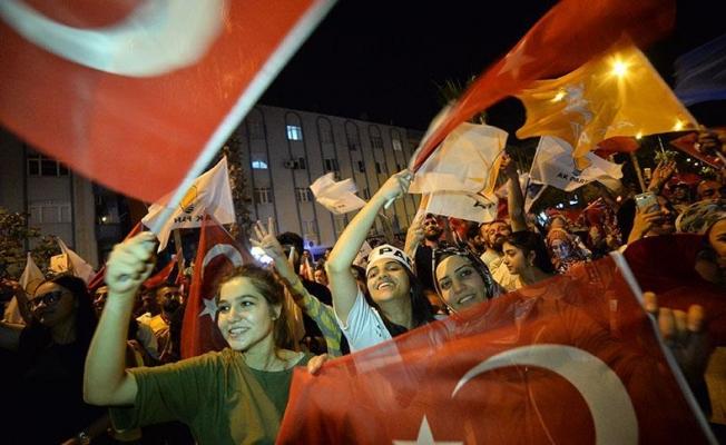 AK Parti altıncı kez birinci çıktı