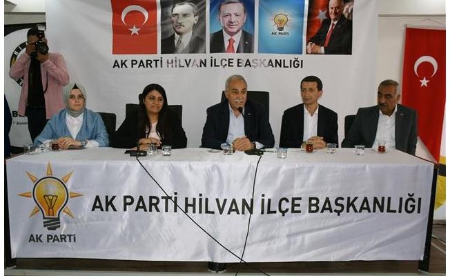 Fakıbaba'dan AK Parti Hilvan İlçe Başkanlığı'na ziyaret