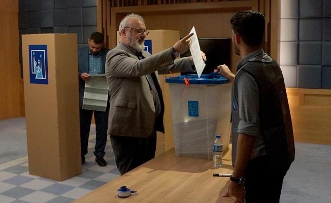 Irak'ta seçim sandıkları yandı