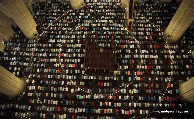 Ramazan Bayramı tüm yurtta kutlanıyor