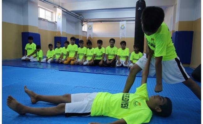 Haliliye'de gençlere spor aşılanıyor!
