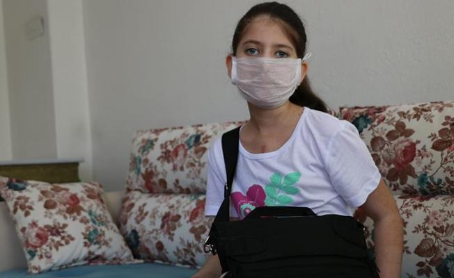 10 yaşındaki Cemre 'kalbini' çantada taşıyor