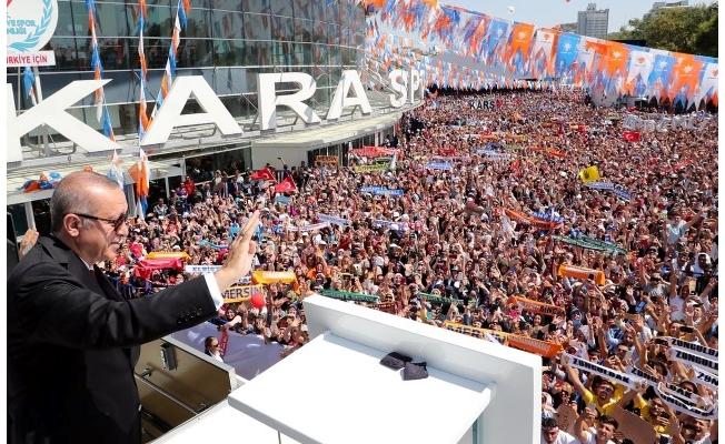 Erdoğan partililere hitap etti!