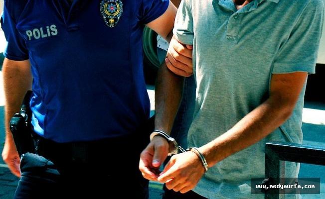 Adana merkezli FETÖ operasyonuna 22 gözaltı