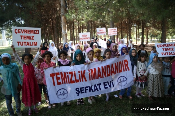Urfa'daki Suriyeli çocuklardan anlamlı etkinlik!