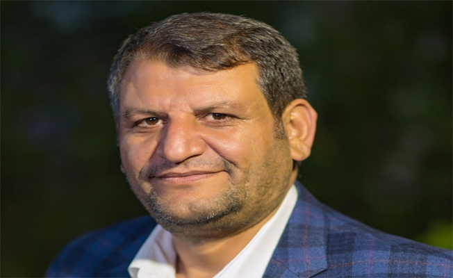Ayhan: Gazeteciler zor bir görevi icra ediyor!