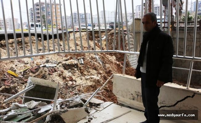 Şanlıurfa'da istinat duvarı çöktü