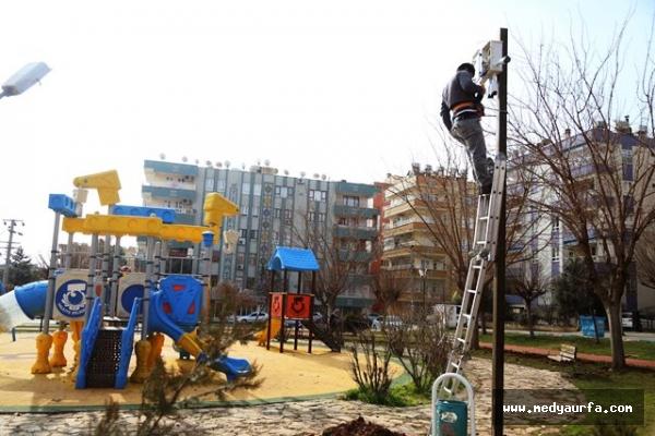 Haliliye'de Parklarda Güvenlik Çalışmaları Devam Ediyor
