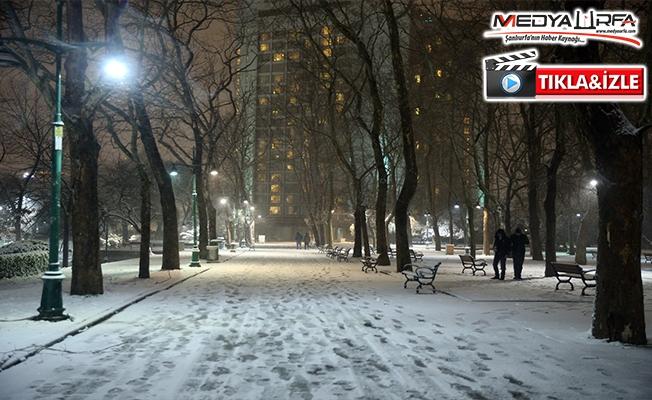 İstanbul'da kar yağışı devam ediyor!