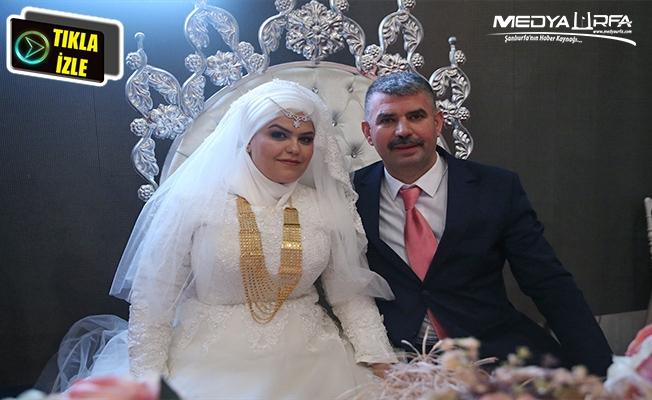 Hayallerindeki düğünü 16 yıl sonra yaptılar