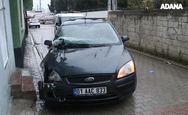 Tek bacağı olmayan sürücü kaza yaptı