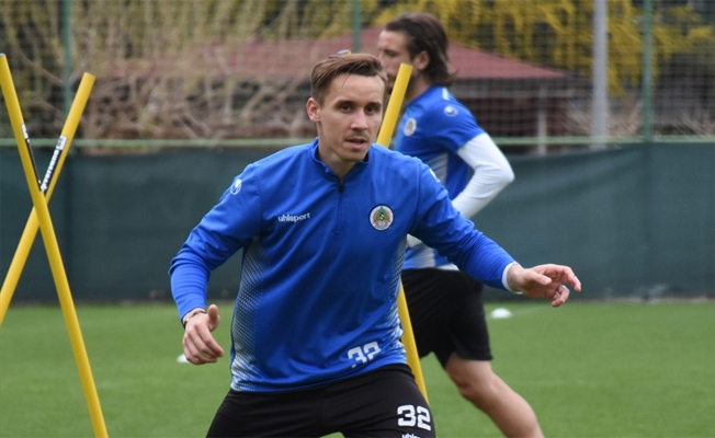 Alanyasporlu futbolcu Josef Sural kazada öldü