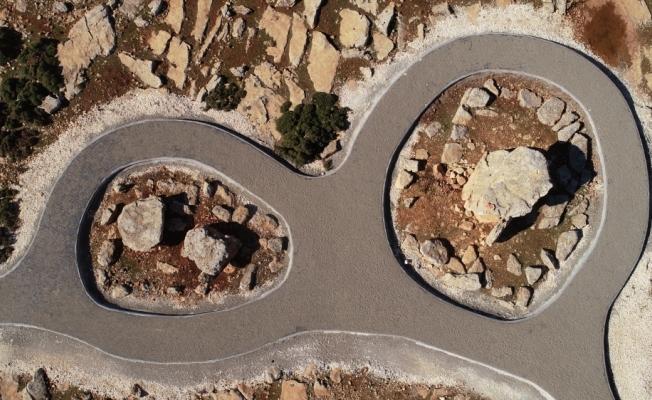 """Gaziantep'teki """"dolmen mezarları"""" turizme kazandırıldı"""